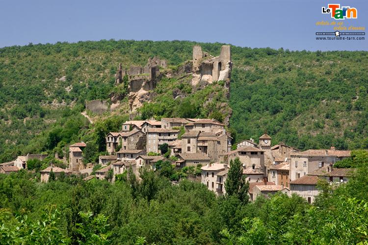 Village et château de Penne Camping Tourisme-Tarn