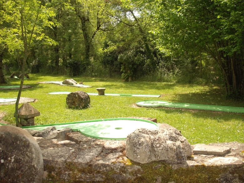 Mini-Golf Camping Tarn Nature